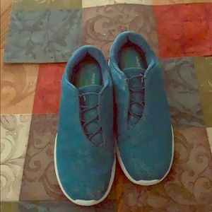 """Jessica Simpson """"THE WARM UP"""" shoes size 8.5M"""